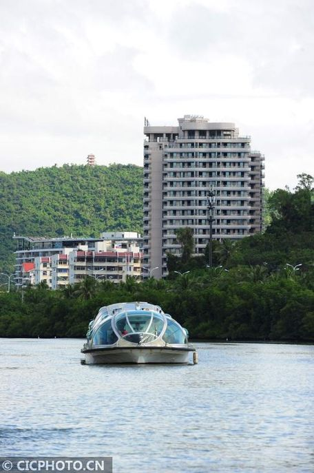 三亚河红树林自然保护区对外开放游船观光